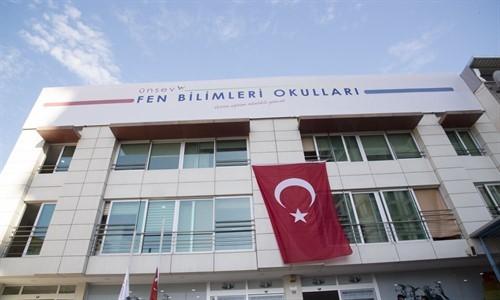 Ünsev Fen Bilimleri Koleji Anadolu Lisesi