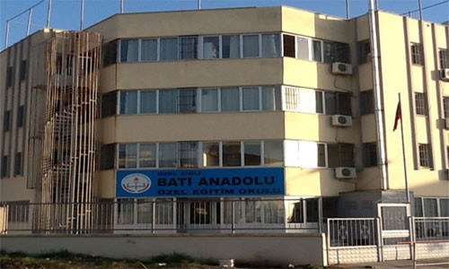 Özel Batı Anadolu Lisesi