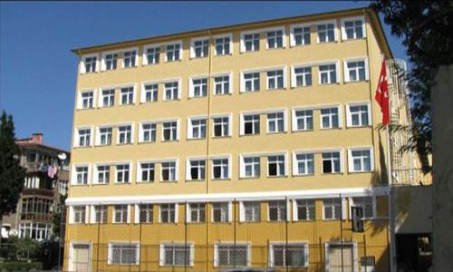 Özel İstanbul Fen Lisesi